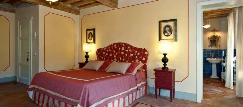 Villa Eracle camera da letto rossa